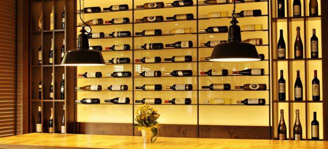 Photo for: Secrets of On-Premise Wine Merchandising