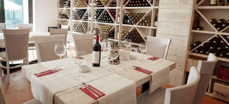 Photo for: How to Boost Your Wine Distribution in Restaurants
